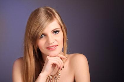 Olga in Gold